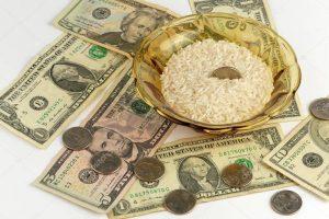 atraer la buena suerte con arroz