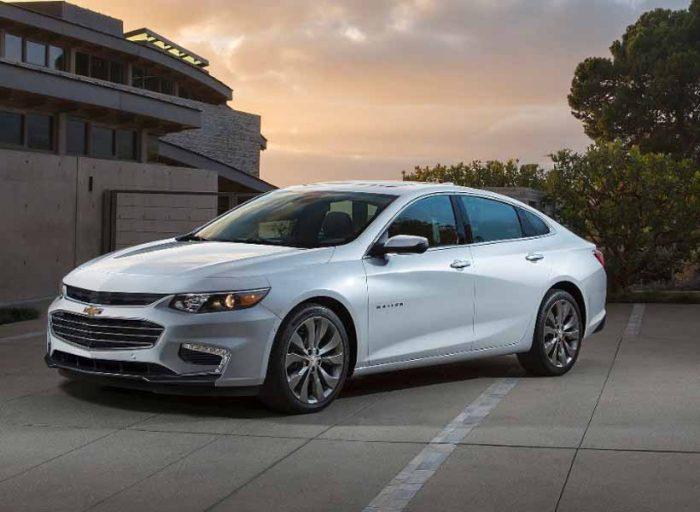 Cuando tienes un auto nuevo siempre aparecen las miradas envidiosas, es algo inevitable, pero esa clase de energía puede ser fatal para ti, mira estos consejos sobre cómo proteger un auto nuevo de envidia.