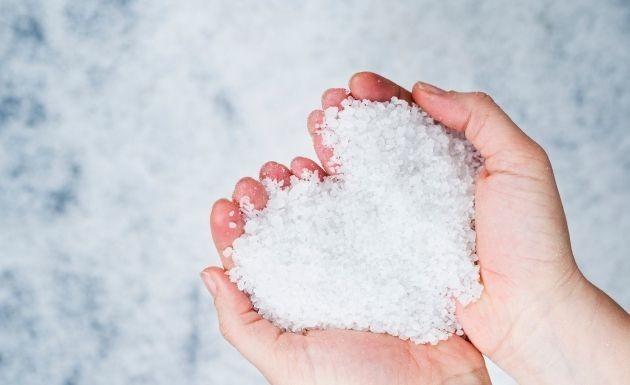 limpiar el hogar con sal