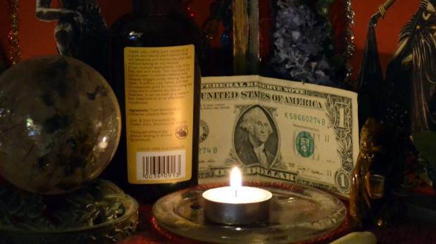 oración a oya para el dinero