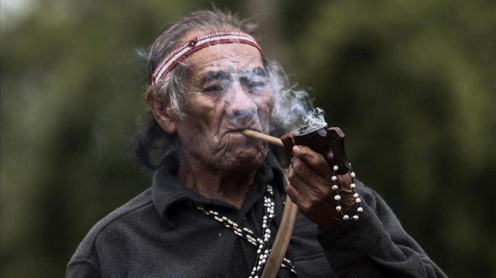 Conjuro para leer tabaco