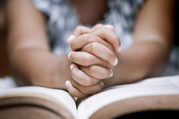 Oración para que me llame