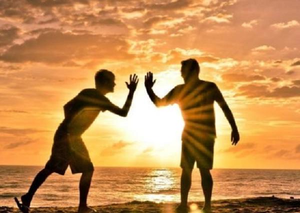 Hechizo para recuperar una amistad
